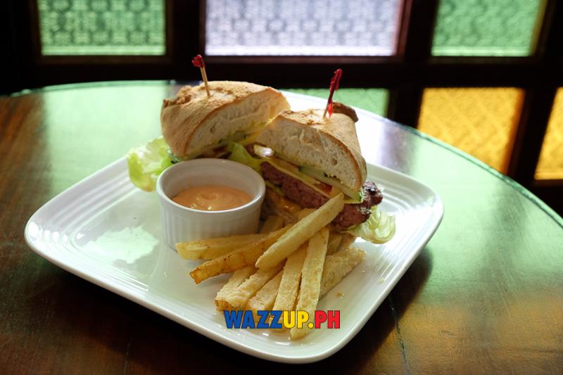 Hamburger in Pan de Suelo
