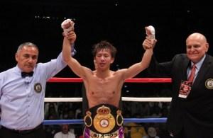 Ryoichi Taguchi defeats Kwanthai Sithmorseng