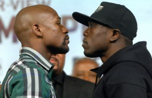 Floyd Mayweather poses with Andre Berto.