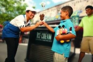 WDW-ODV_Ice-Cream-Bar-e1335304452665