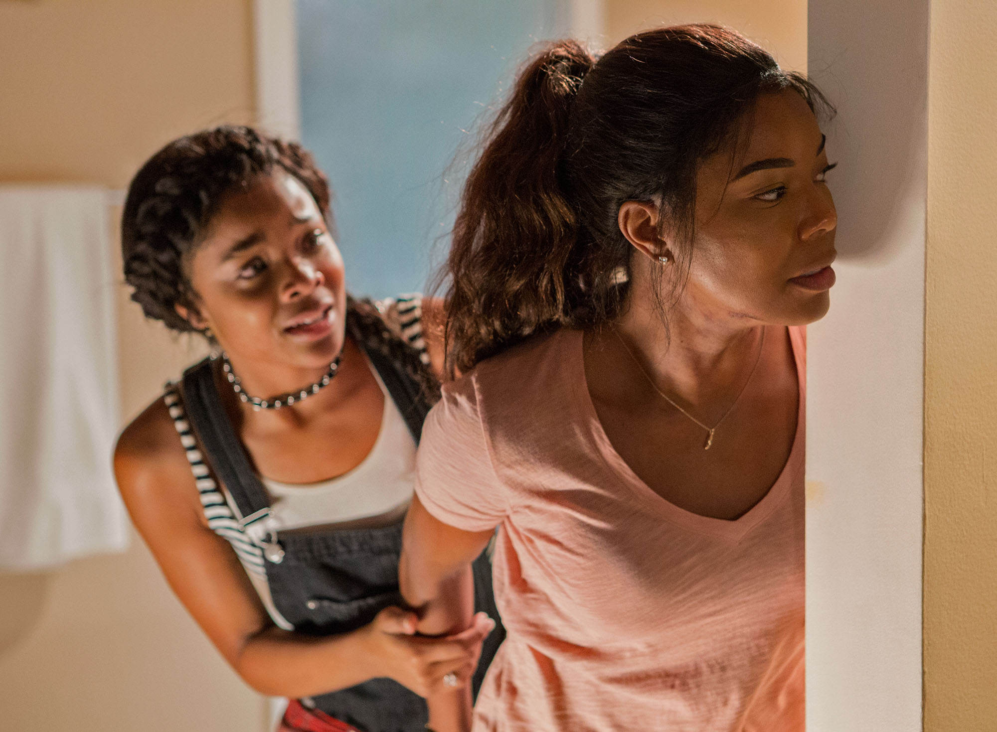 Gabrielle Union plays bad ass mom in new film 'Breaking In'