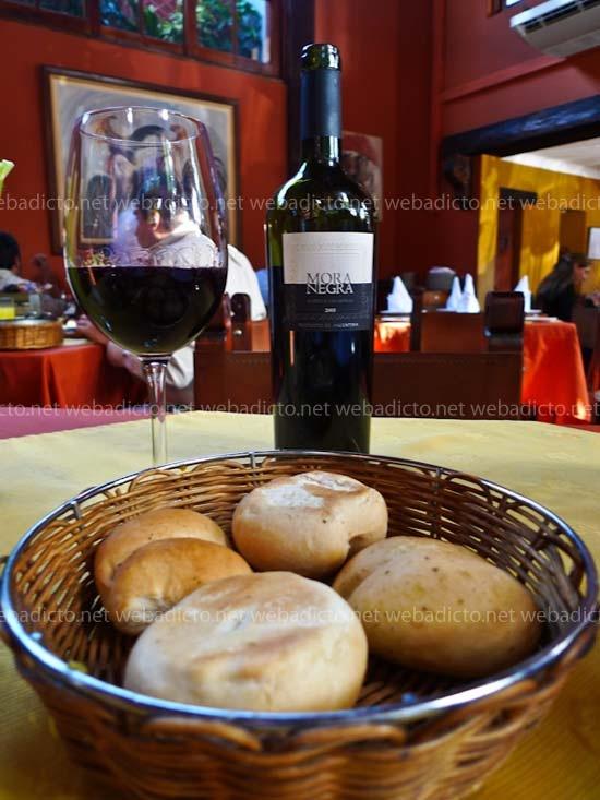 el-hornero-vino-pan