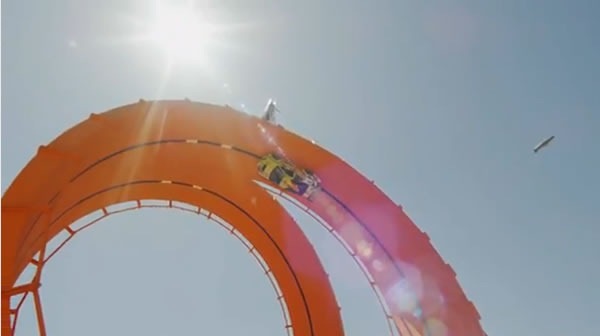hot-wheels-record-mundial-double-loop