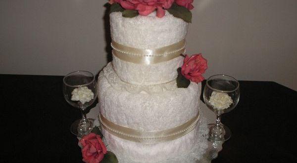 DIY wedding shower towel cake