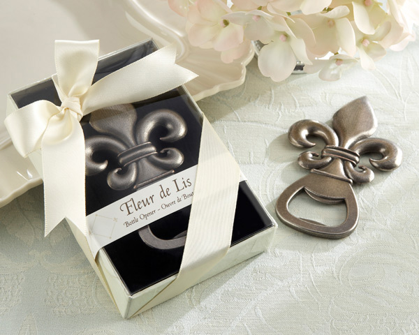 Choosing The Right Wedding Favors