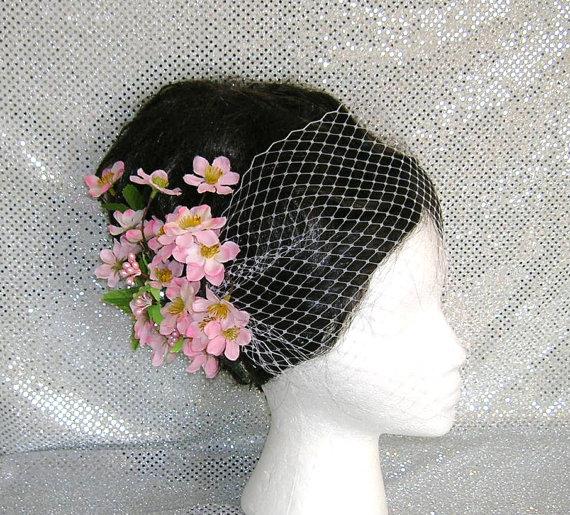 Beautiful Bridal Hair Fascinators for the Big Day