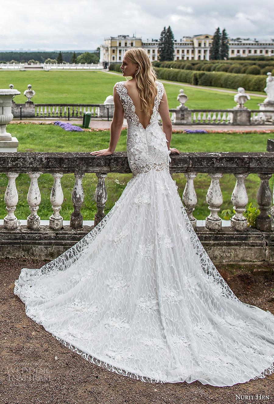 nurit hen 2017 bridal sleeveless deep plunging v neck full embellishment elegant sexy fit and flare wedding dress open v back chapel train (2) bv