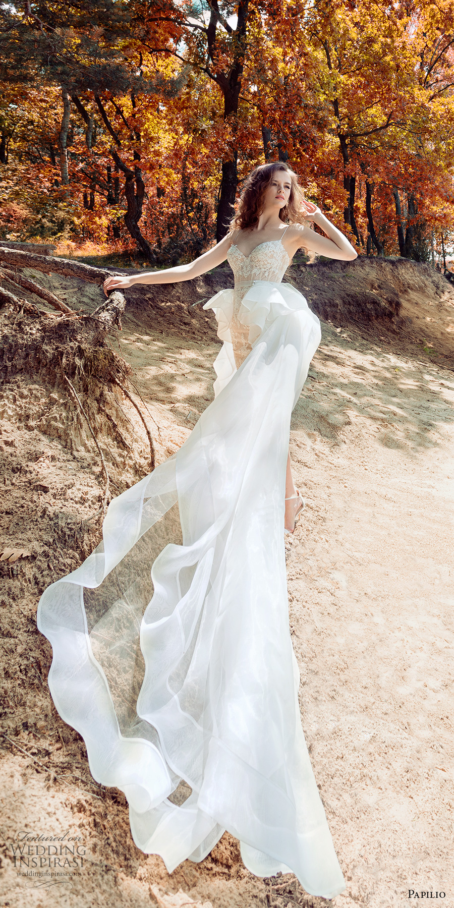 papilio 2017 bridal spagetti strap sweetheart neckline full embellishment romantic ivory color miniskirt short wedding dress a line overskirt chapel train (1744 tody 1744 2 skirt) mv