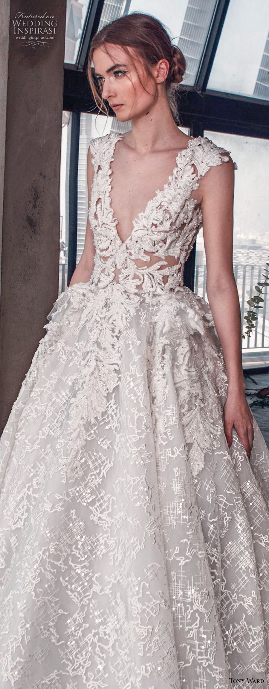 tony ward mariee 2019 cap sleeves deep v neck full embellishment romantic princess ball gown a line wedding dress royal train (5) zv