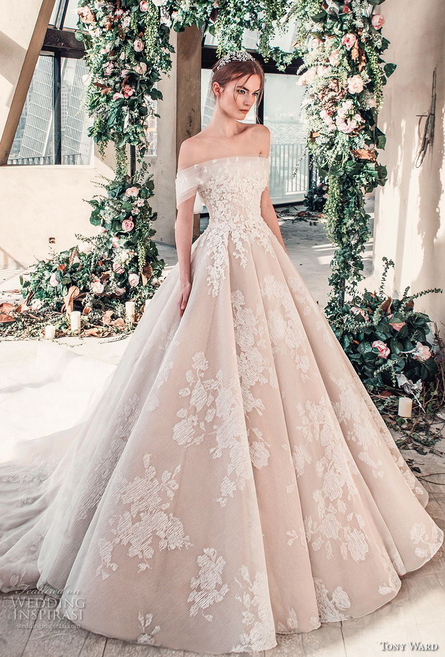 Tony Ward La Mariee Spring 2019 Wedding Dresses