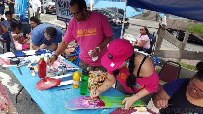 Arts and craft thanks to BxArts Factory at Boogie on the Boulevard