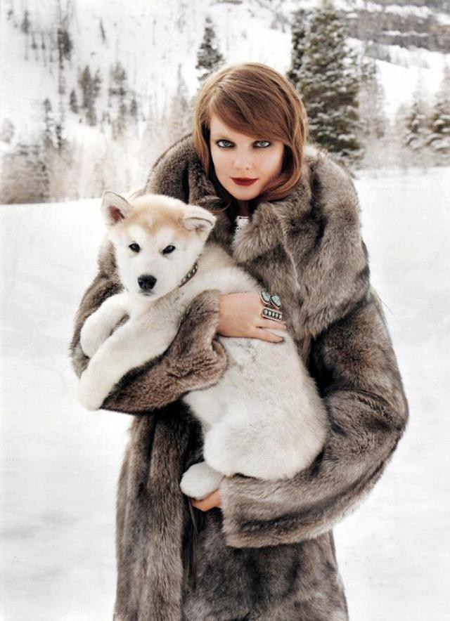 photo_by_the_facebook-group_real_woman_wear_fur 