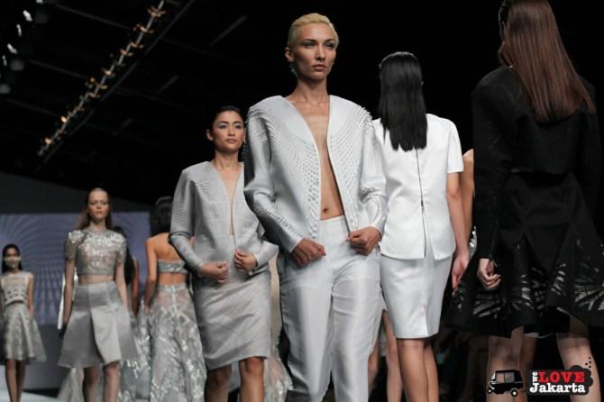 Tex Saverio_Tasha May_we love Jakarta_welovejakarta_Jakarta Fashion Week 2015_Senayan City_Fashion in Jakarta_Indonesian Fashion Designer