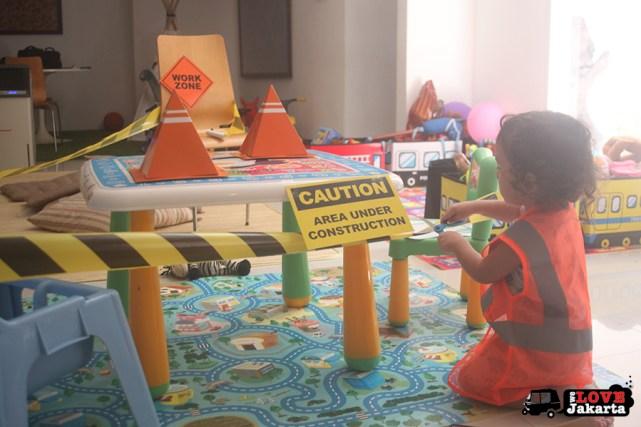 Tasha May_we love jakarta_GummyBox Jakarta_My Safety Area