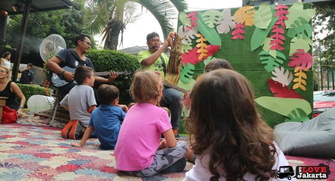 we love jakarta_green love a'fair 2017 jakarta_weekends in jakarta_jakarta with kids_picnic in jakarta_storytelling outdoors