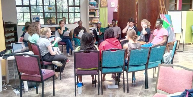 wendo-retreat-kenya-retreat-group-learning