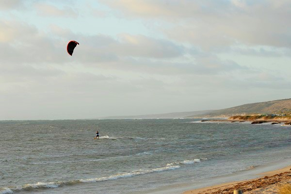 Kitesurfing Coronation Beach