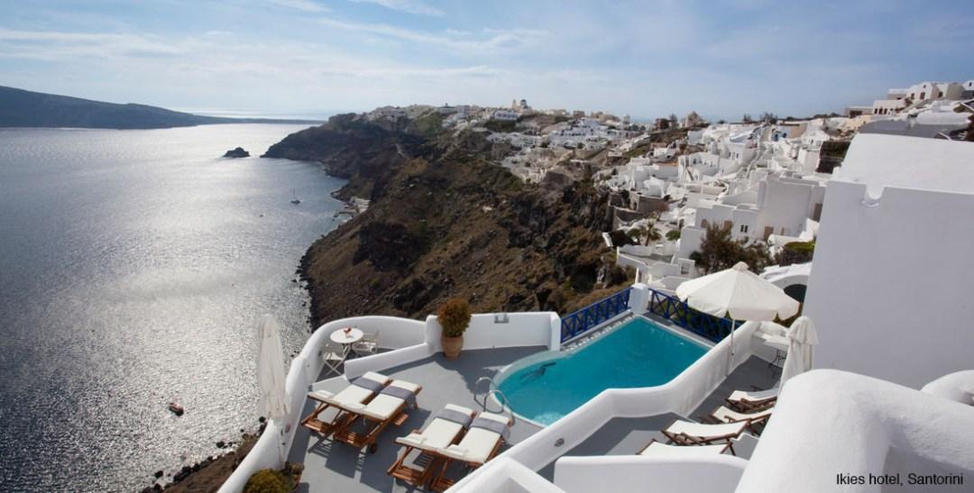 what-to-where-santorini_ikies_hotel_2