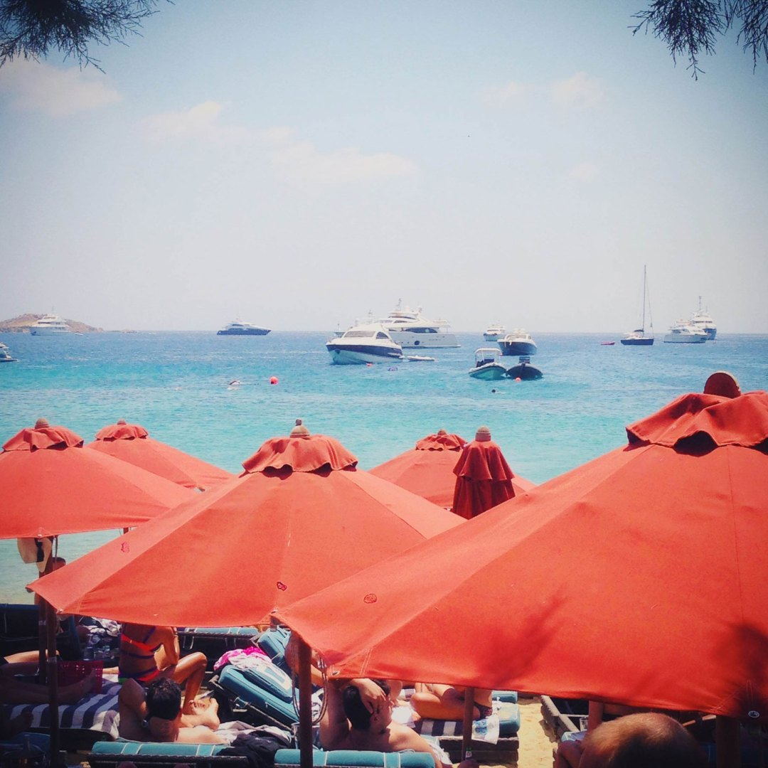 what-to-where_mykonos_hotspot_guide_nammos1