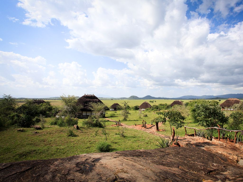 what-to-where-inspiration-for-travellers-apoka-uganda-clouds