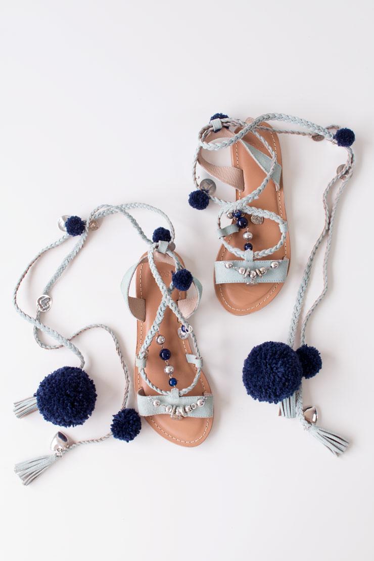 DIY-pompom-sandals