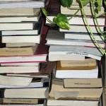 Mom's Bookshelf: Vol. 2