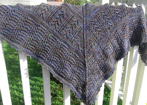 Bloofer shawl on the fence