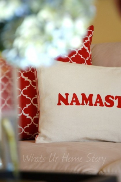 Whats Ur Home Story: Iron on Letter Pillow, Decorating with throw pillows