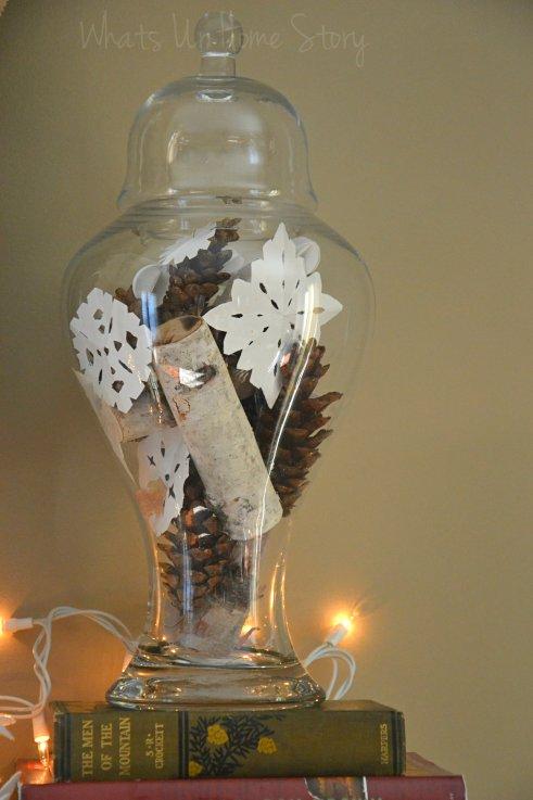 Whats Ur Home Story: Simple winter centerpiece, simple winter decor