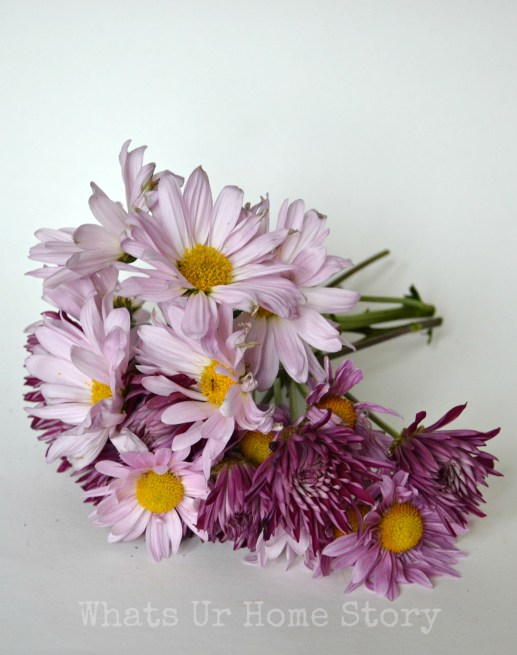 how to make a simple daisy centerpiece
