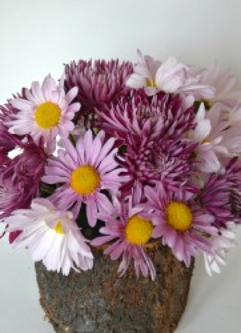 simple daisy centerpiece, how to make a simple daisy centerpiece, Simple Spring Centerpiece, Simple Easter Centerpiece