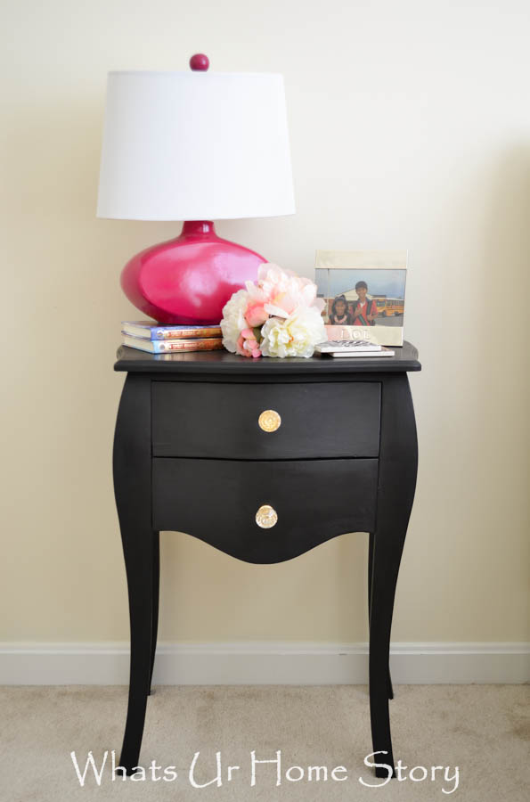 chalk paint finish side table makeover