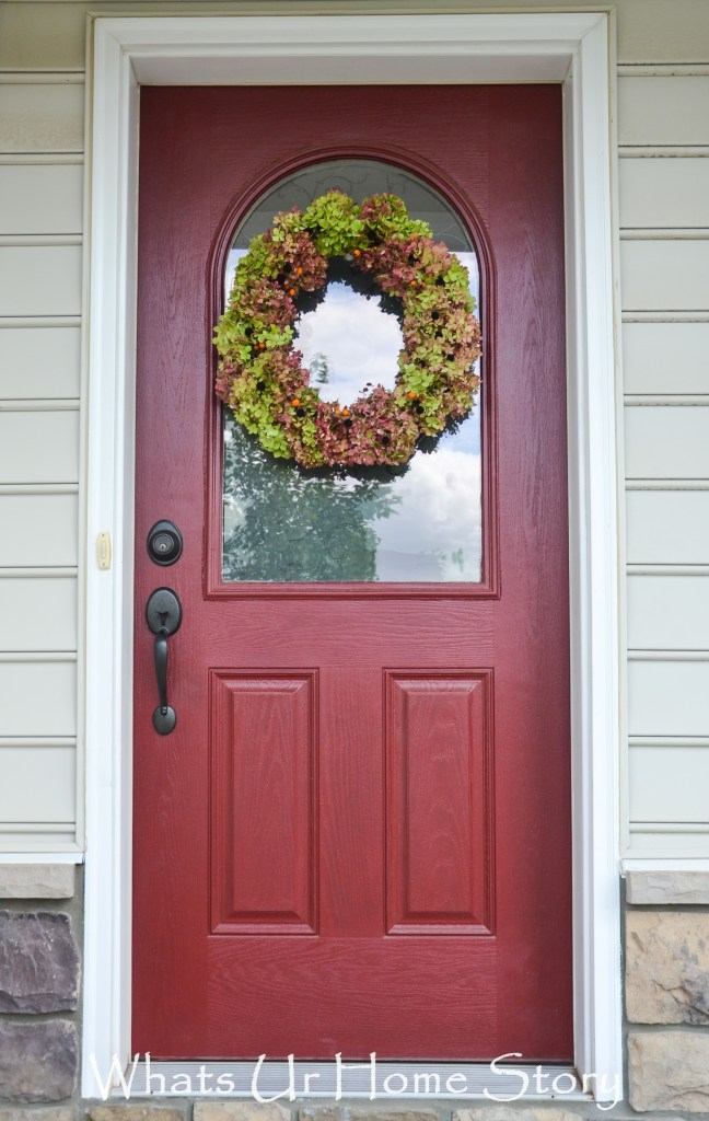 You won't believe - this Hydrangea wreath is so easy to make! Plus it is free!