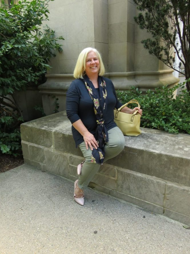 Fall colors for a tunic and cargo pants