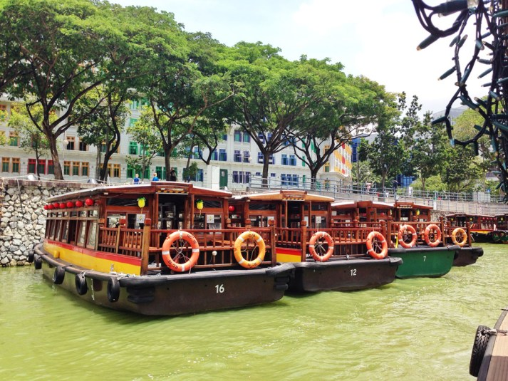 River cruise to Clarke Quay #escapers15