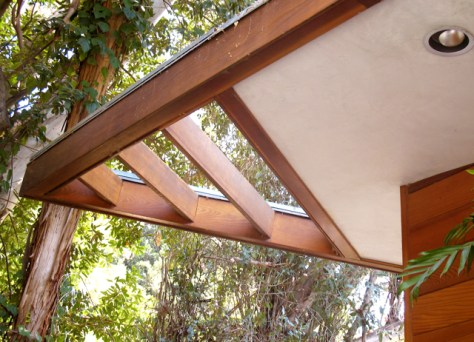 Roofline Detail, Tyler Residence by John Lautner, Photo Romi Cortier