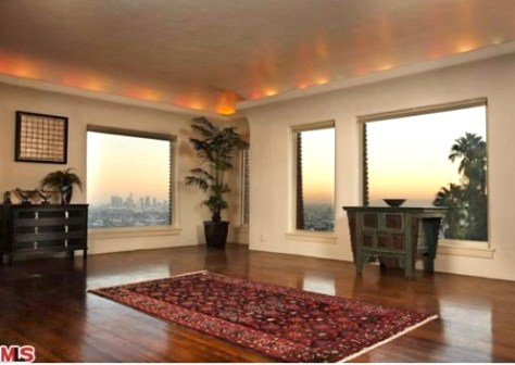 Living Room, Top Floor at 2700 Glendower, Image courtesy MLS 2010
