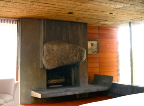 John Lautner's Silvertop Residence, Bedroom Firelplace, Photo Romi Cortier