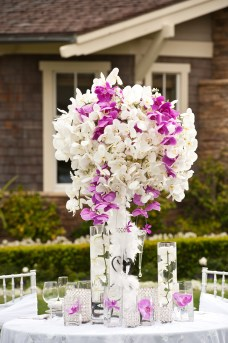 weddings, bride, socal, florist, white sakuras, flowers, centerpiece