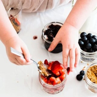 Kids in the Kitchen: Yogurt Berry Parfait