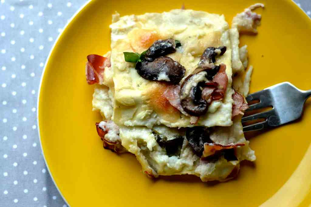 Prosciutto and Mushroom Lasagna with Cauliflower Sauce