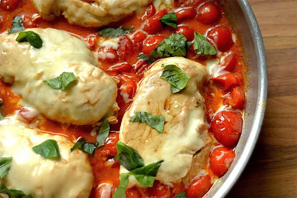 Balsamic Caprese Chicken Skillet - Wholesomelicious