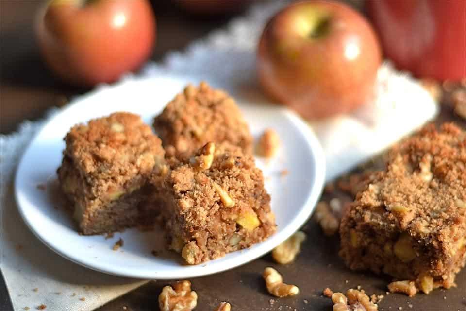 spiced-apple-and-walnut-coffee-cake