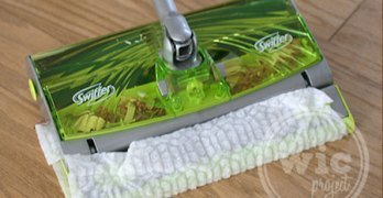 Picking Up Messes with the New Swiffer Sweep & Trap #NewFromSwiffer