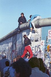 RIAN_archive_475738_Berlin_Wall