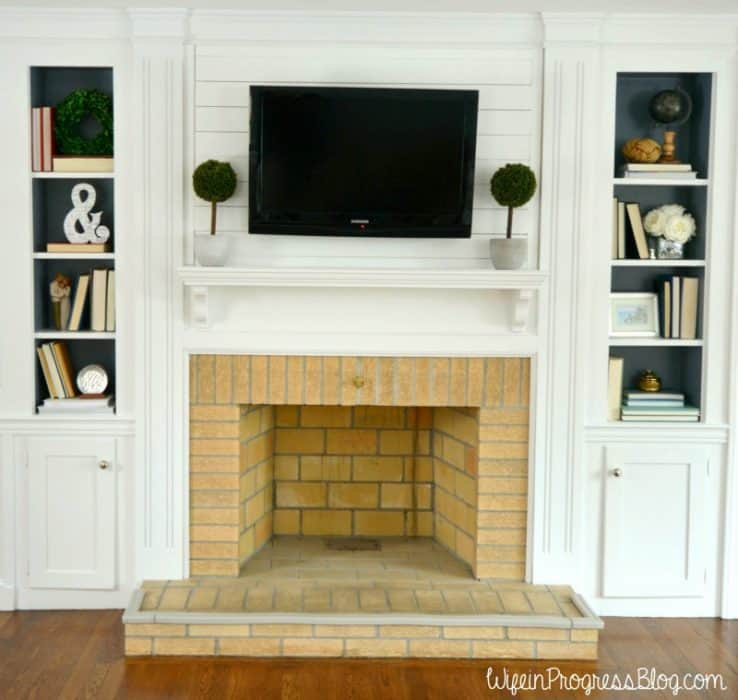 Simple Tips for Styling a Bookcase