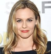 Alicia Silverstone  Bio, Wiki, Married, Age, Height, Net worth, Affair, Boyfriend, Husband, Ethnicity, Nationality, Parents