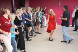 Kunst-Kultur-Kontakte der Ferienwelt Winterberg präsentiert Salsa Workshop