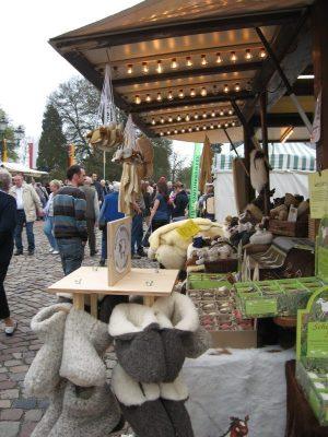 """Markt am Schloss"" am Muttertag in Bad Arolsen"