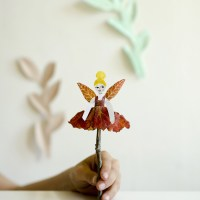 Fairy Leaf Puppets